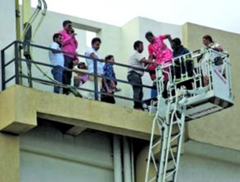 MTNL fire – A miraculous rescue act saves 84